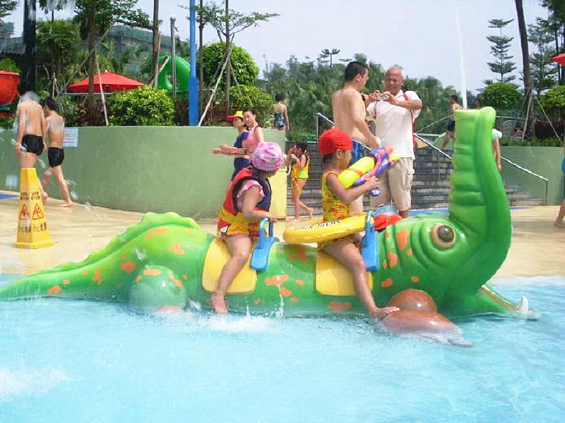 Kids Crocodile Spray Toys Splash Pad Fiberglass Aqua Play For Water Park