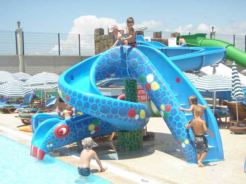 Kids Water Slide Equipment Fiberglass Snake Water Spray Slide For Water Park