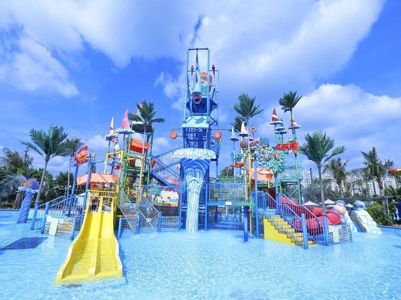 Interactive Water House Design Aqua Playground With Spiral Slide Fiberglass For Water Park