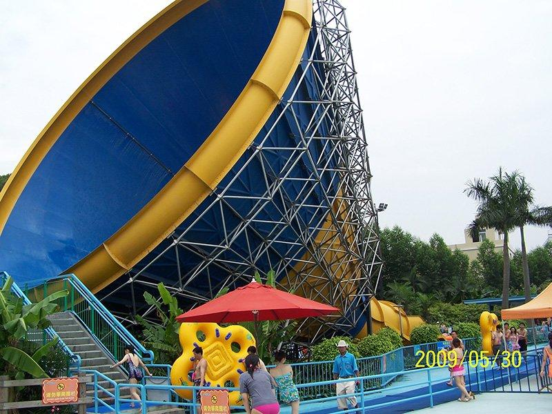 Outdoor Huge Tornado Water Slide  Adult Thrilling Hurricane Fiberglass Slide For Hotel Resort