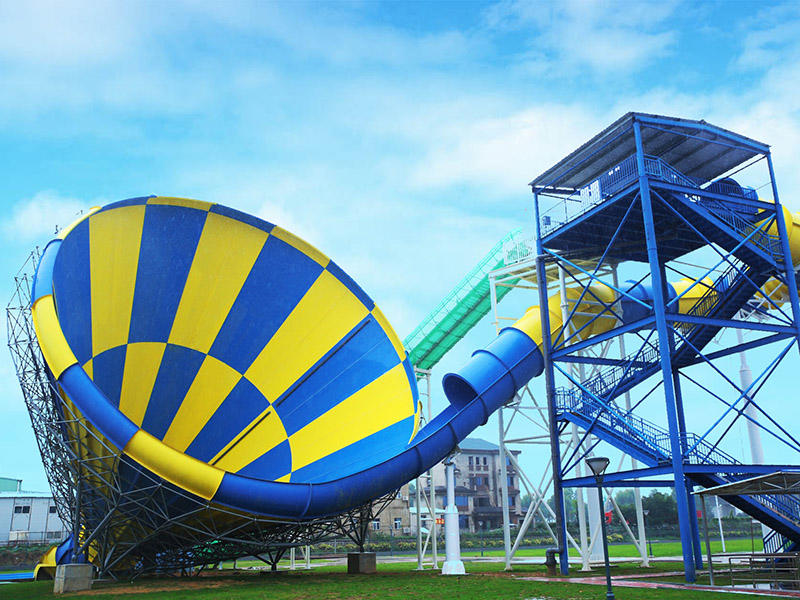 Anti - Fade Big Tornado Water Slide Amusement Water Park Equipment 14.2m Height Tornado Water Slide