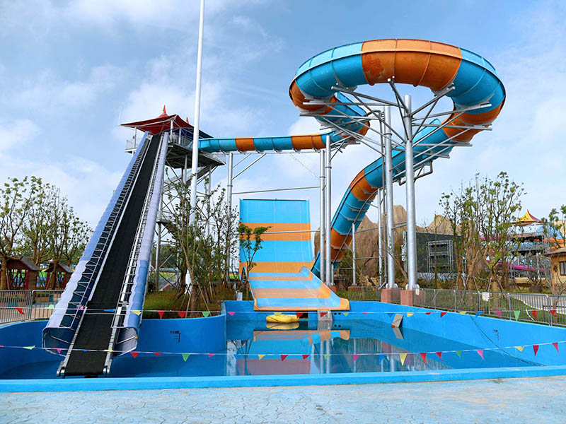 Wenwen Super Boomerang Water Slide Outdoor Water Slide For Swimming Pool Equipment Boomerang water slide image2