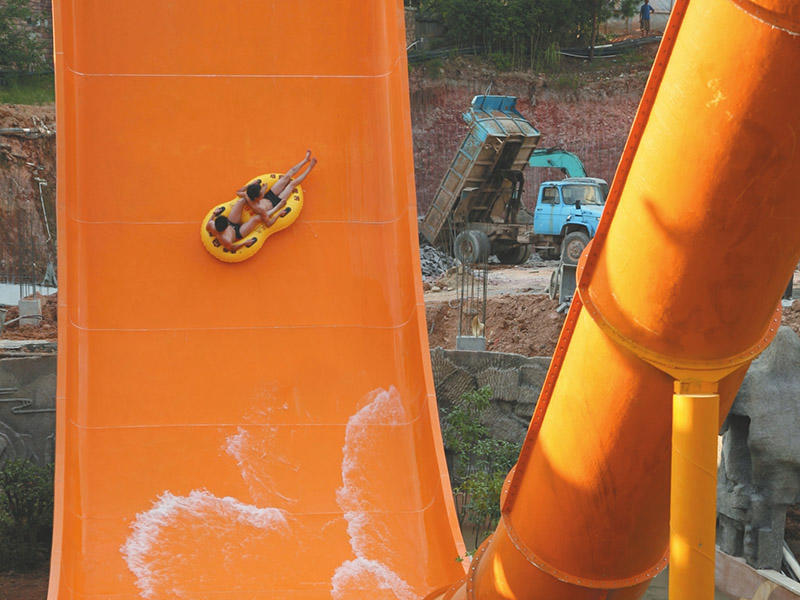 Boomerang Water Slides Commercial Water Park Equipment Fiberglass Slide Project For Resorts