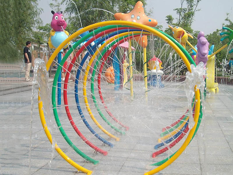 Anti UV Aqua Colorful Circles Spray With Galvanized Carbon Steel For Water Park