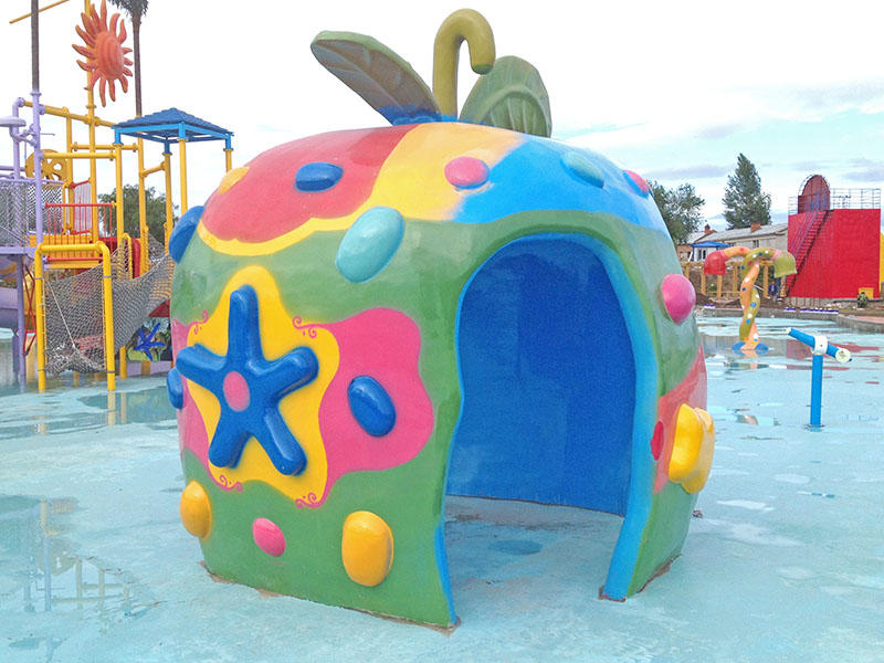 Eco - Friendly  Apple House Spray Park Equipment for Water Park Play Equipment