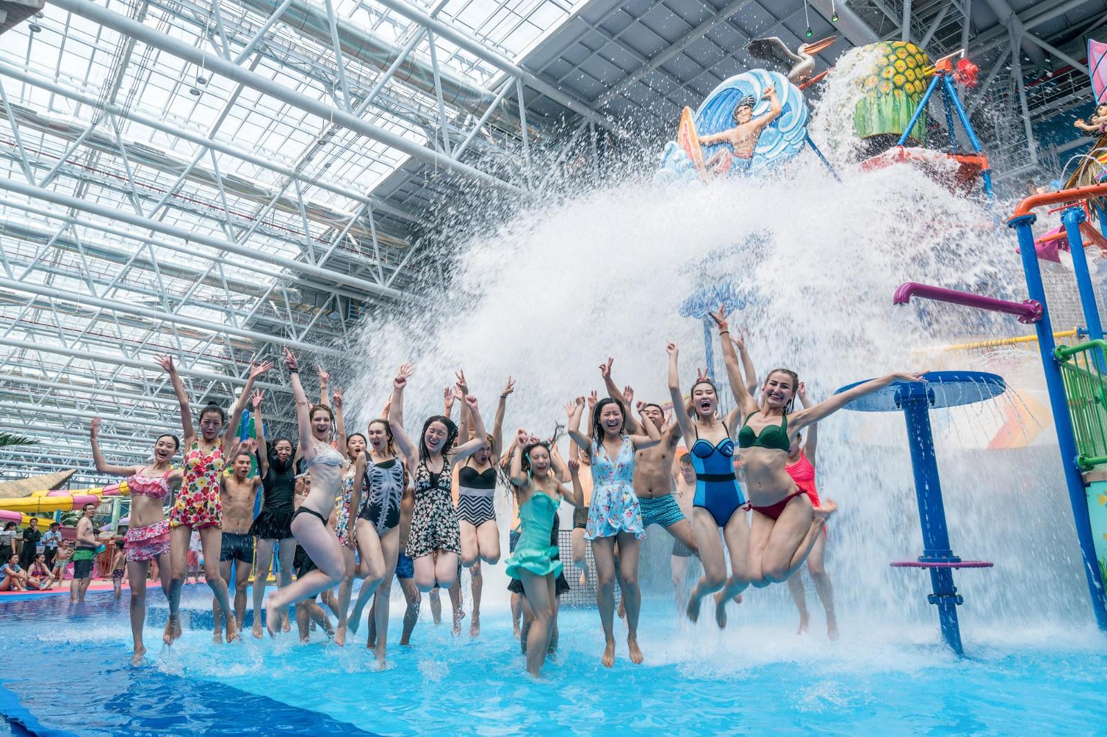 Wenwen Brand slide resort park custom huge indoor water park